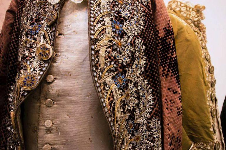 Un abito alla mostra Magnificenza e trame d'arte