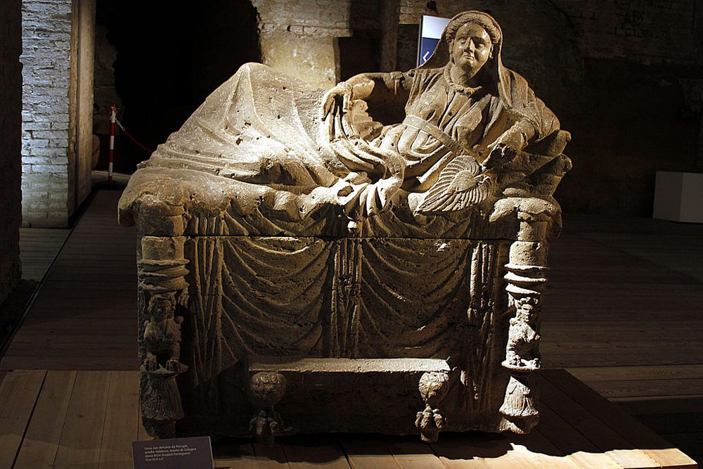 Urna della dama di Perugia