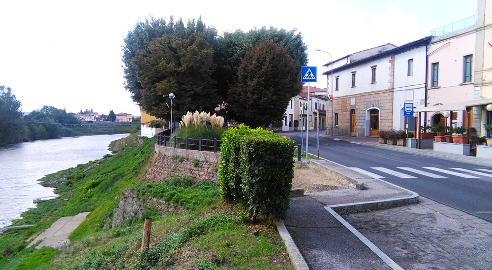 Limite sull'Arno