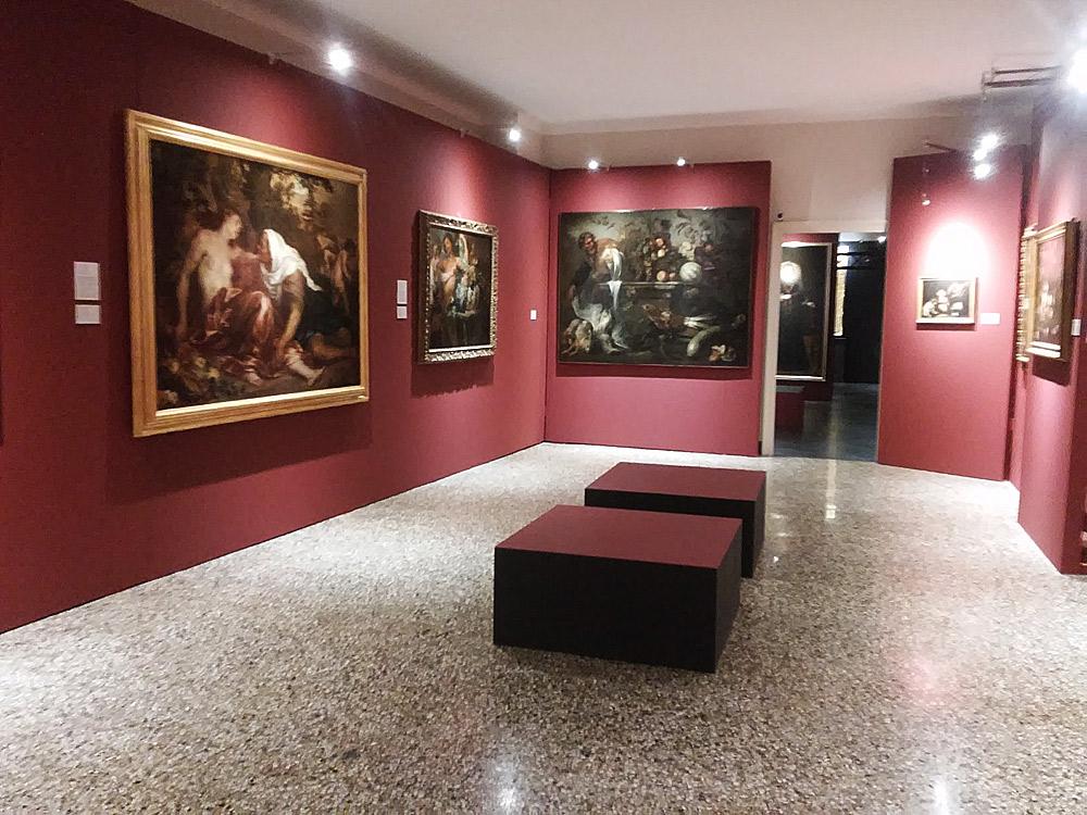 Una sala della mostra Van Dyck e i suoi amici