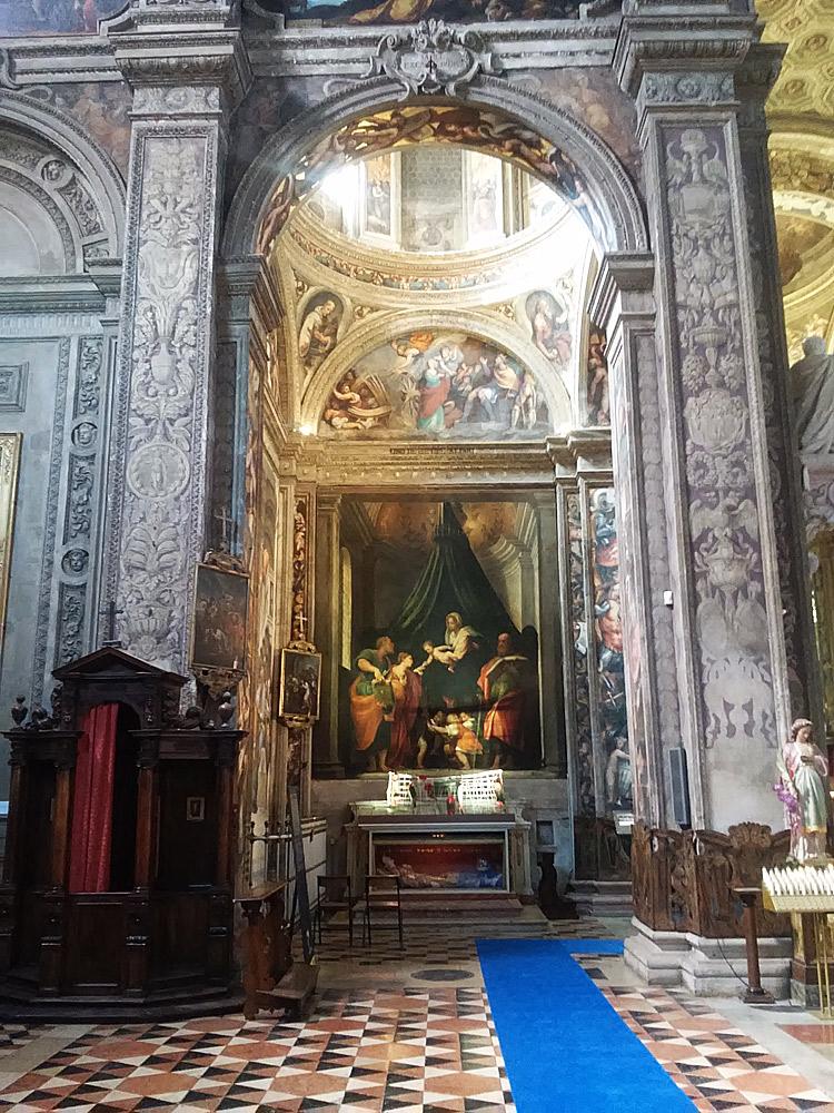 La cappella di Santa Caterina nella basilica di Santa Maria di Campagna a Piacenza