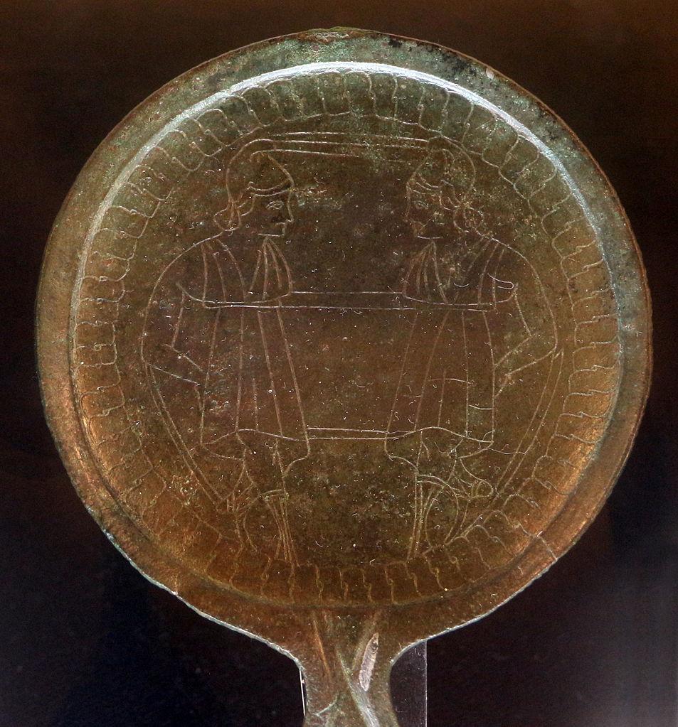 Manifattura etrusca, Specchio con i Dioscuri affrontati
