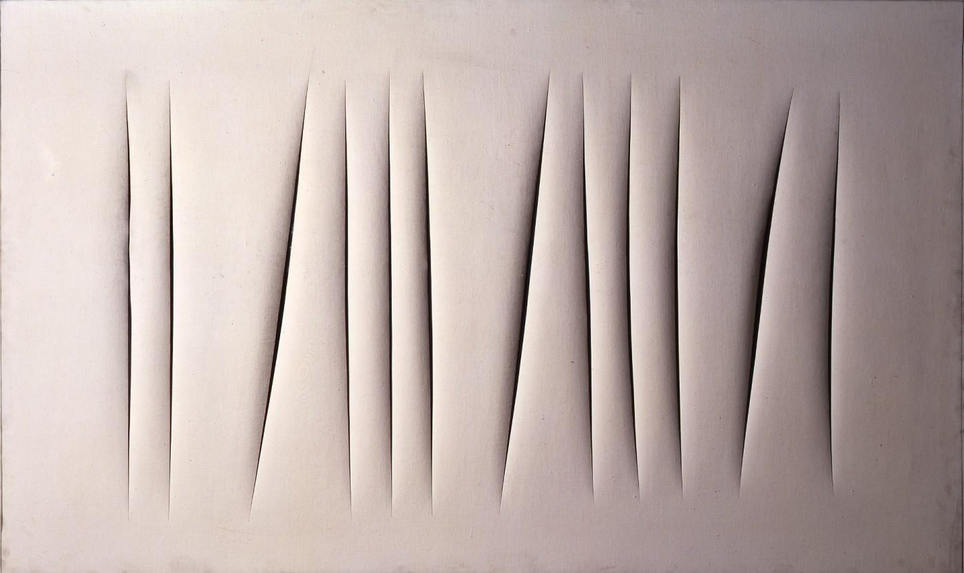 Lucio Fontana, Concetto spaziale. Attese (1964; cementite su tela, 190,3 x 115,5 cm; Torino, GAM)
