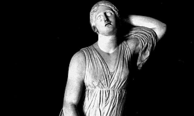 Arte romana, figlia di Niobe (I sec. a.C. - I sec. d.C.; marmo pentelico, altezza 181 cm; Firenze, Uffizi
