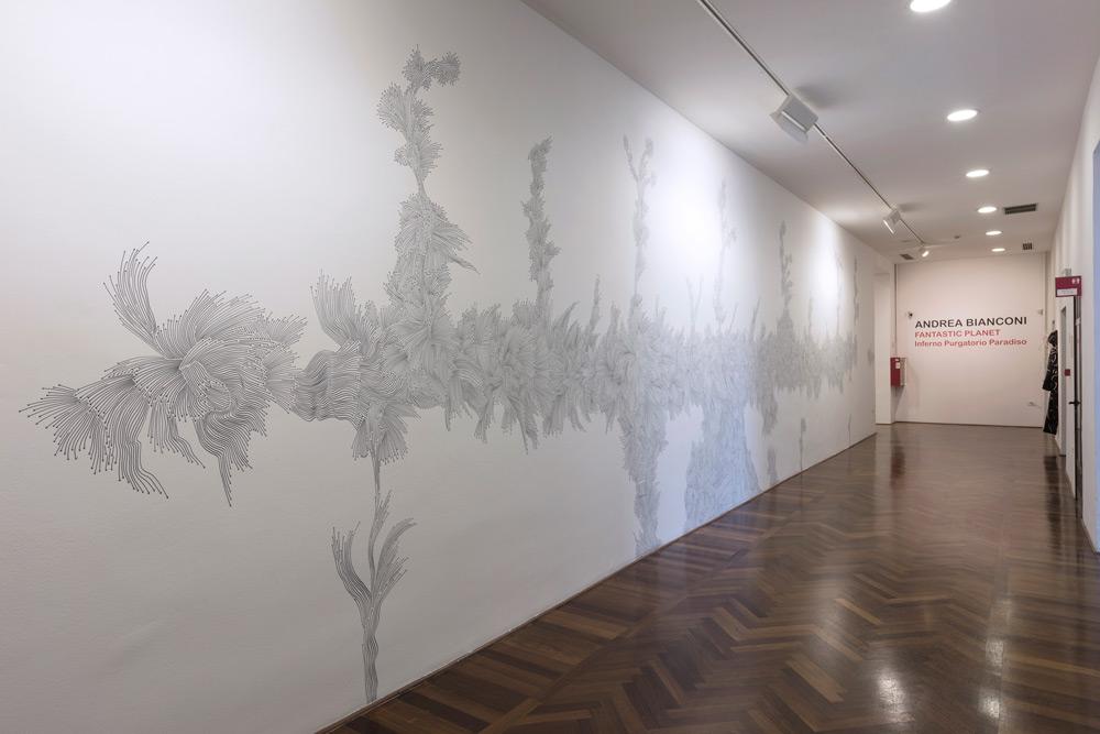 Andrea Bianconi, Where (2018; wall drawing a inchiostro 54 X 861,5 cm)