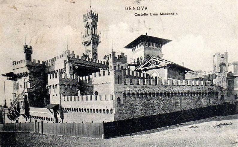 Il Castello Mackenzie in una foto d'epoca