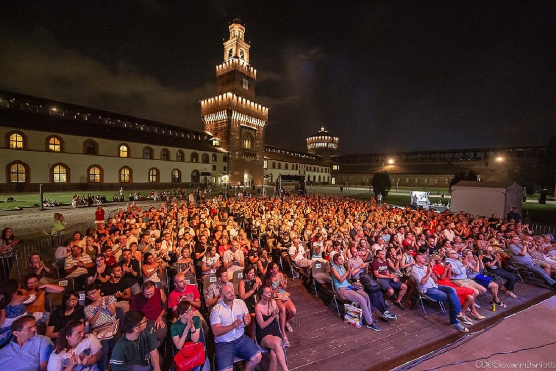 Pubblico al Castello Sforzesco durante un evento dell'Estate Sforzesca. Ph. Credit Giovanni Daniotti