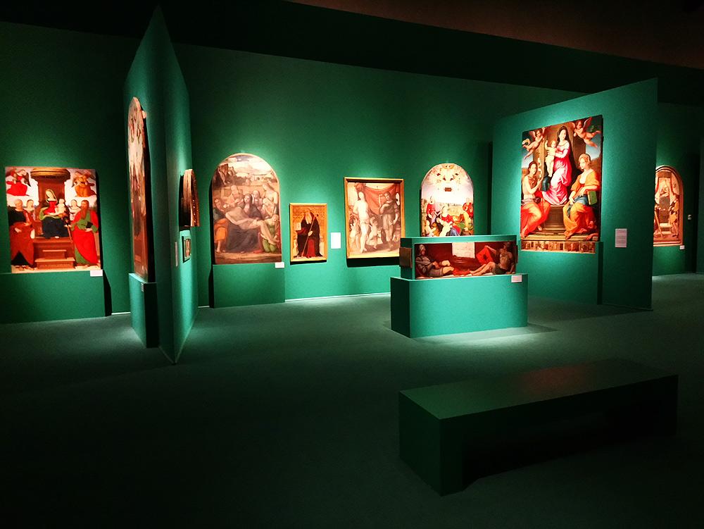 Una sala della mostra L'altra galleria alla Galleria Nazionale dell'Umbria di Perugia