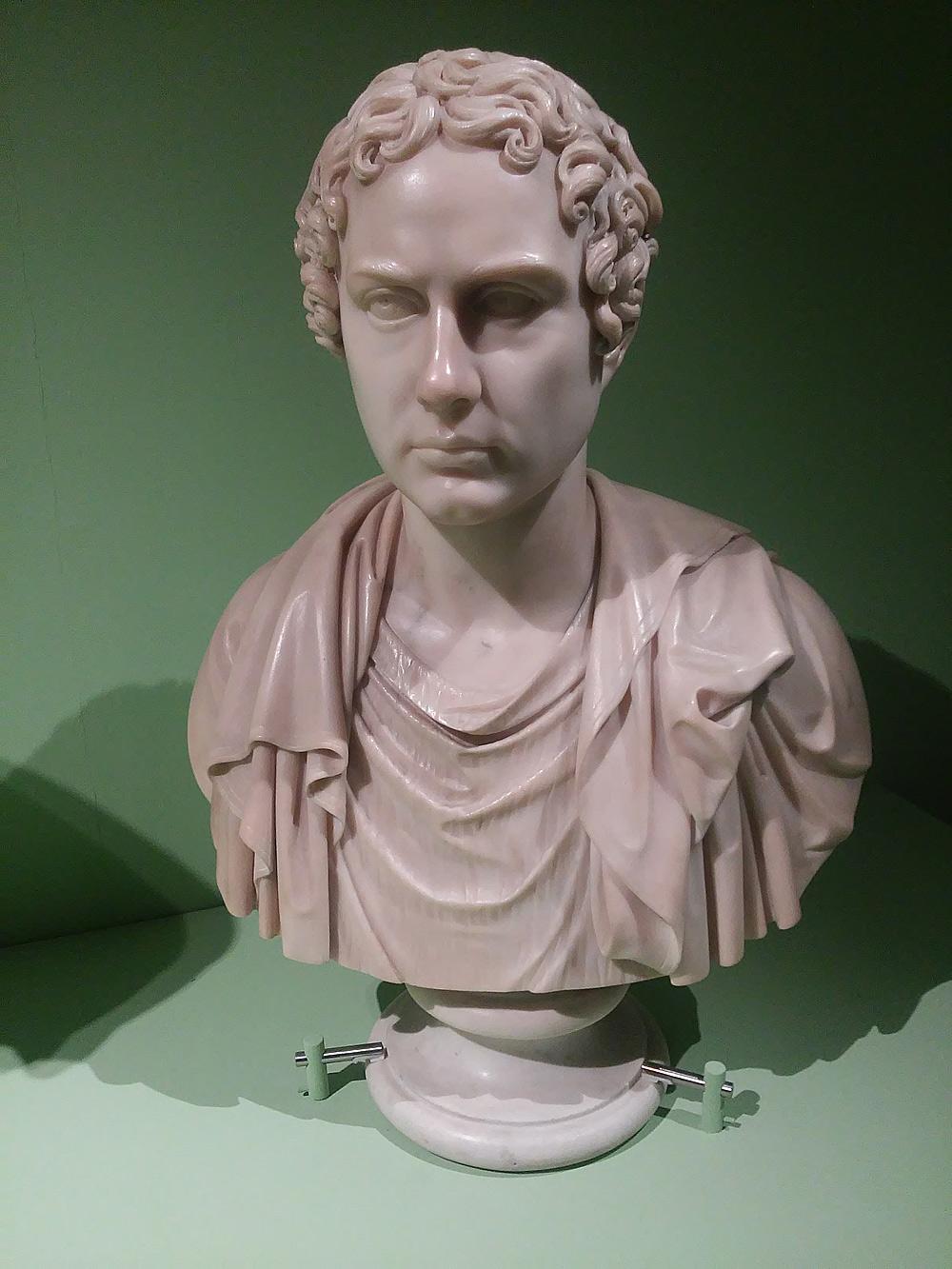 Bertel Thorvaldsen, Busto-ritratto di Lord Byron (1817-1833; marmo, 69 x 48 30 cm; Milano, Veneranda Biblioteca Ambrosiana)