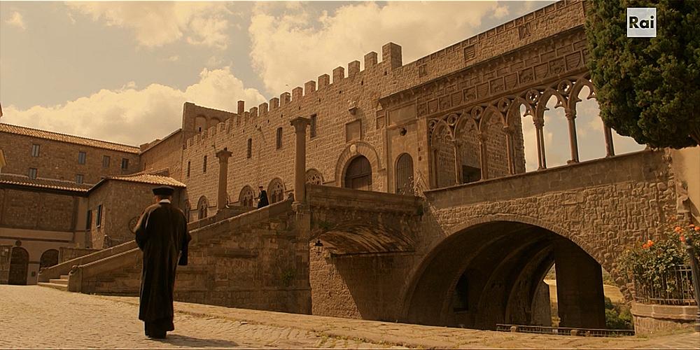 Fiction: il Palazzo Apostolico (Roma)