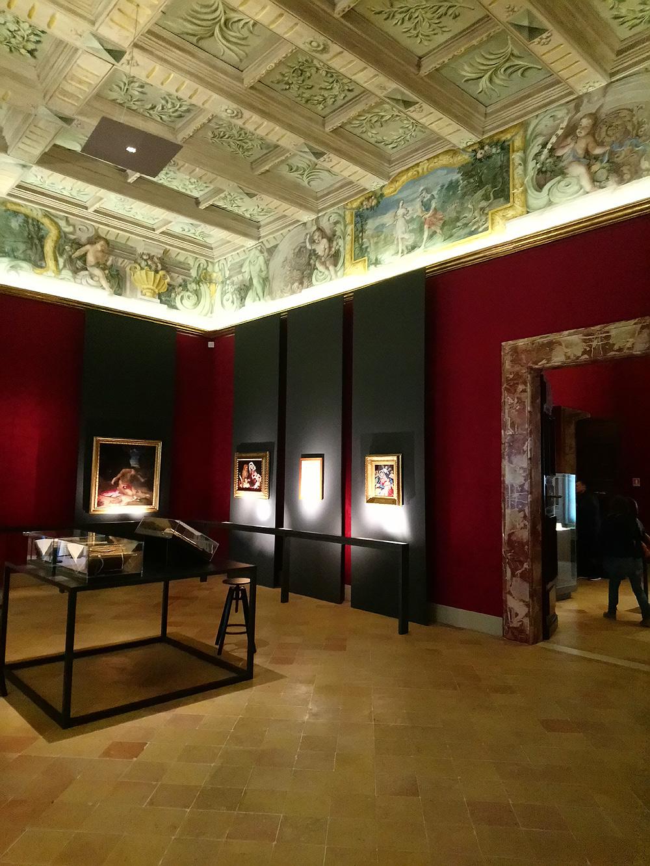 Sala della mostra Lorenzo Lotto. Il richiamo delle Marche
