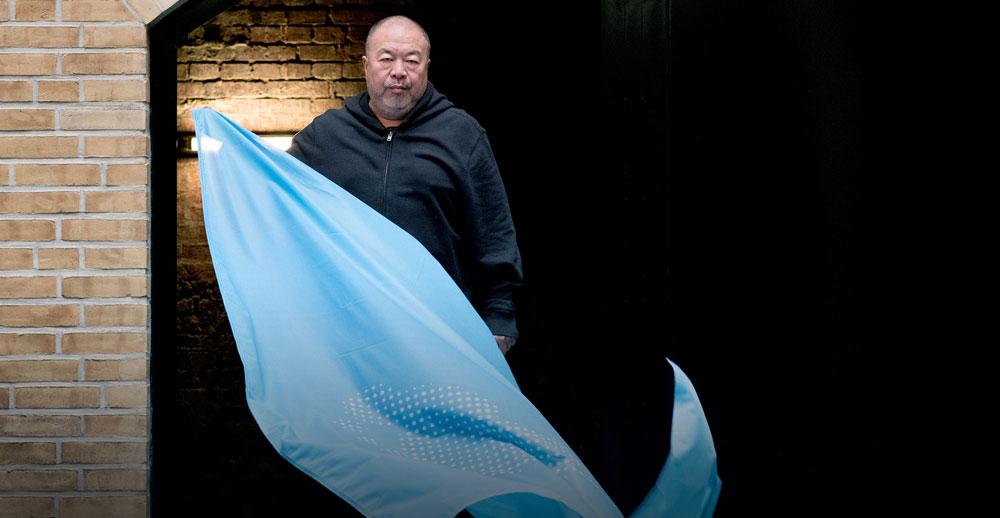 """Ai Weiwei: """"ci stiamo dimenticando dei diritti umani. E il clima è come negli anni Trenta"""""""