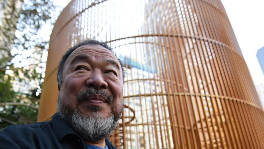 Gilded cage, la gabbia dorata di Ai Weiwei, è a Venezia