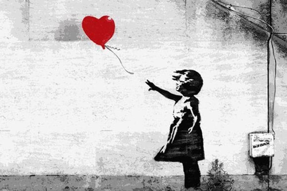 """Banksy include la mostra di Milano tra le """"fake"""". Ma gli organizzatori assicurano: """"in mostra solo opere di collezionisti privati"""""""