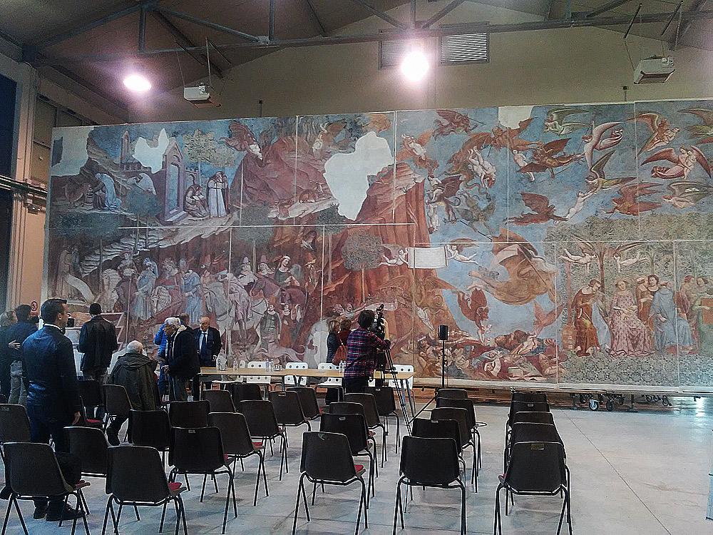 Il Trionfo della Morte di Buonamico Buffalmacco alla presentazione nei laboratori di restauro dell'Opera della Primaziale Pisana