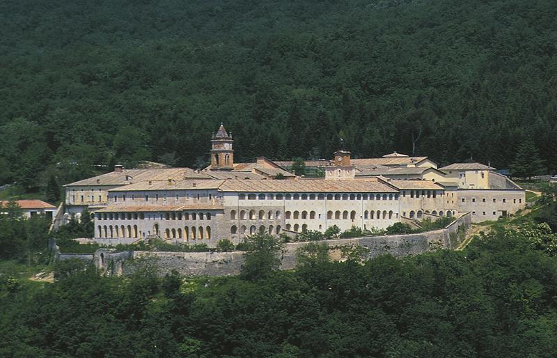 Via la scuola dell'ultradestra dalla Certosa di Trisulti: per il MiBAC mancano i requisiti per la concessione