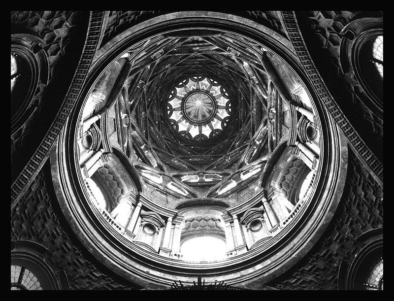 Torino: riapre al pubblico dopo un lungo restauro la Cappella della Sindone