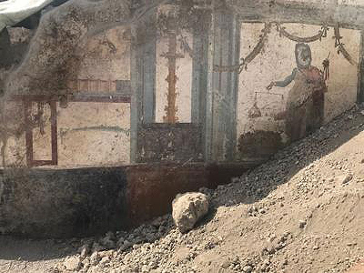 Nuova scoperta a Pompei: una domus con un affresco di Priapo