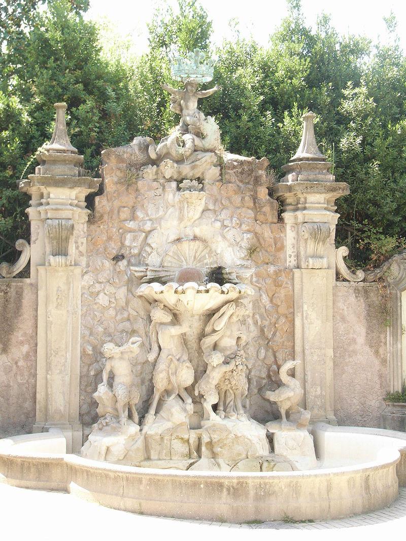 Vandalizzata Villa Sciarra a Roma