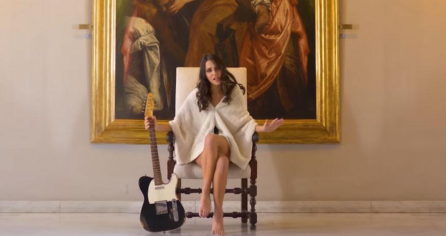 Un importante museo d'arte antica dentro un videoclip musicale e al Festival di Sanremo: succede a Genova