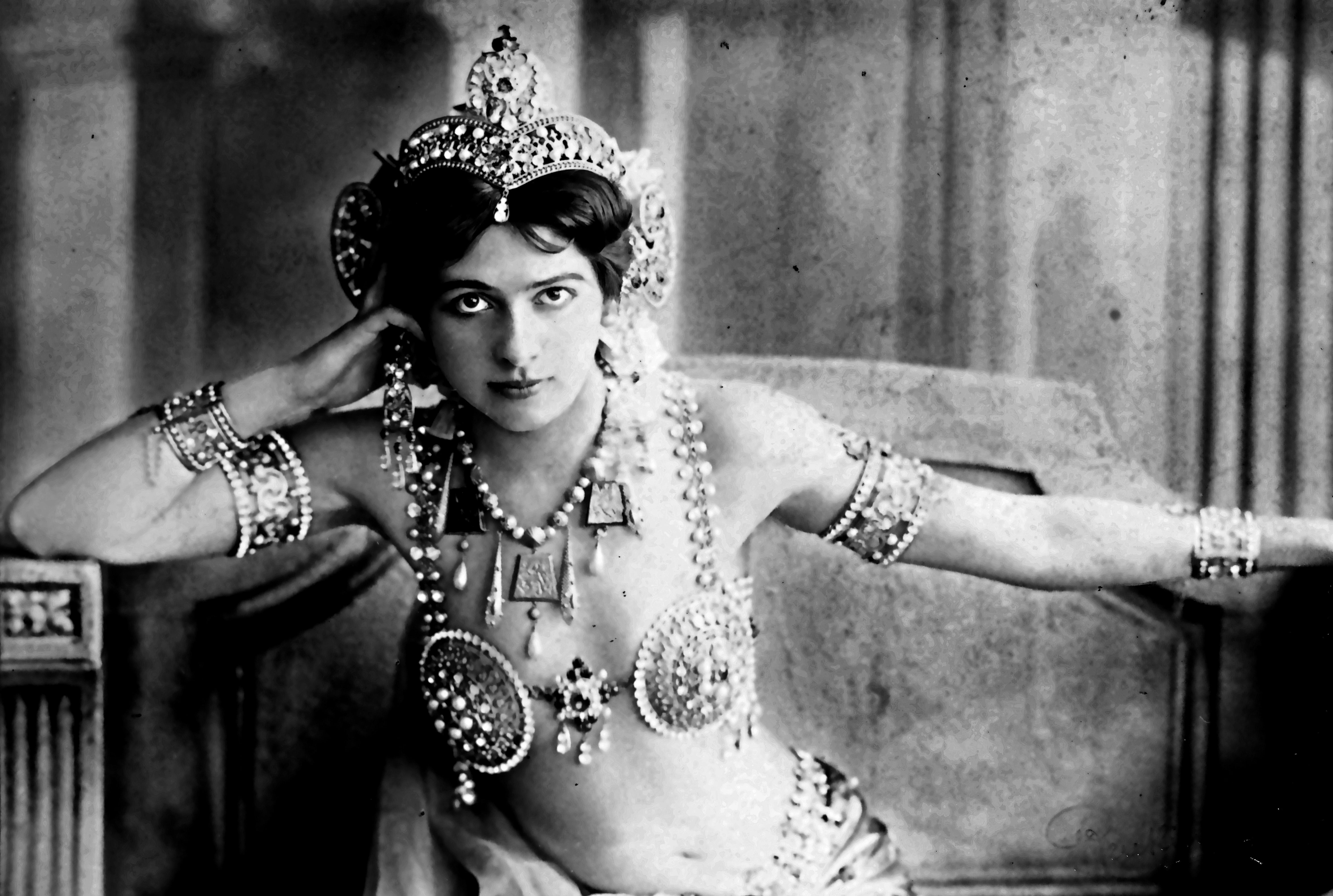 In Olanda c'è la più grande mostra di sempre su Mata Hari