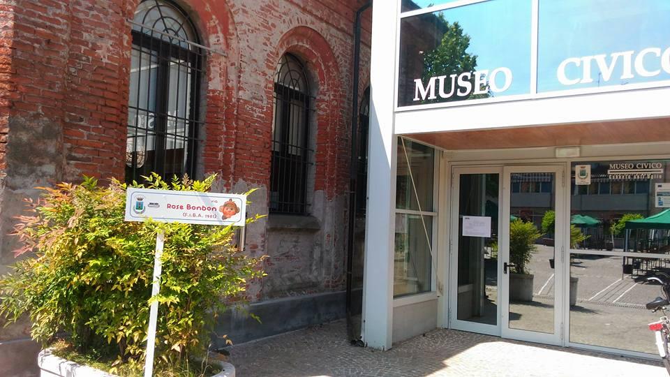 Tragedia al Museo Civico di Canneto sull'Oglio. Donna entra e accoltella a morte bibliotecaria