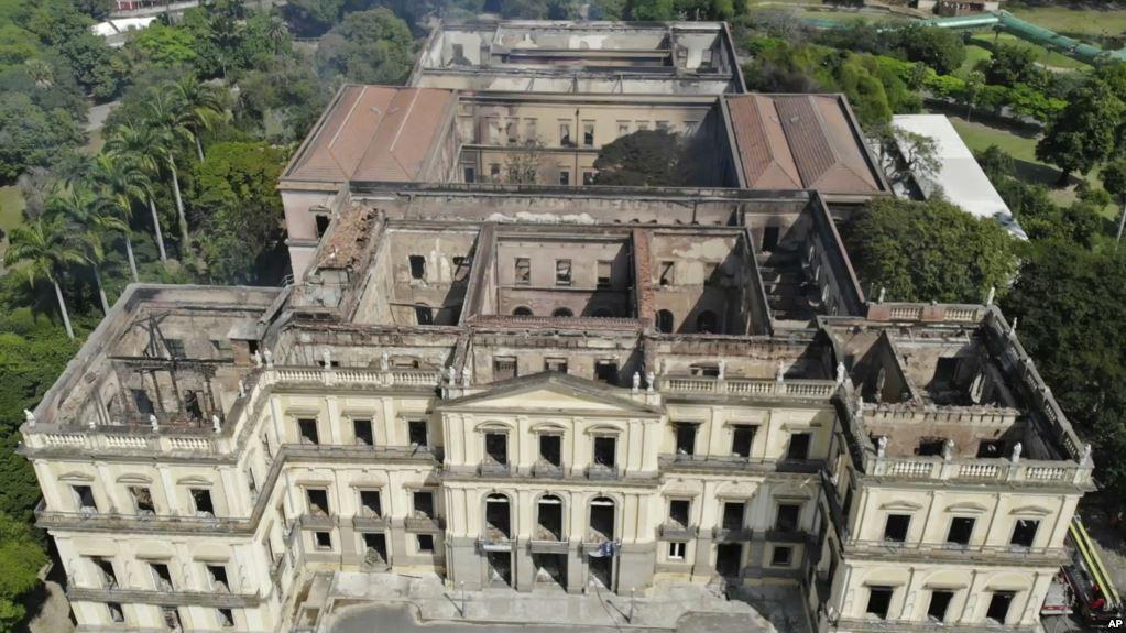Museo Nazionale di Rio, distrutto circa il 90% della collezione