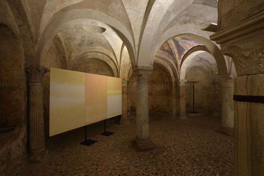 Il Duomo di Brescia omaggia Valentino Vago con la mostra Nella luce