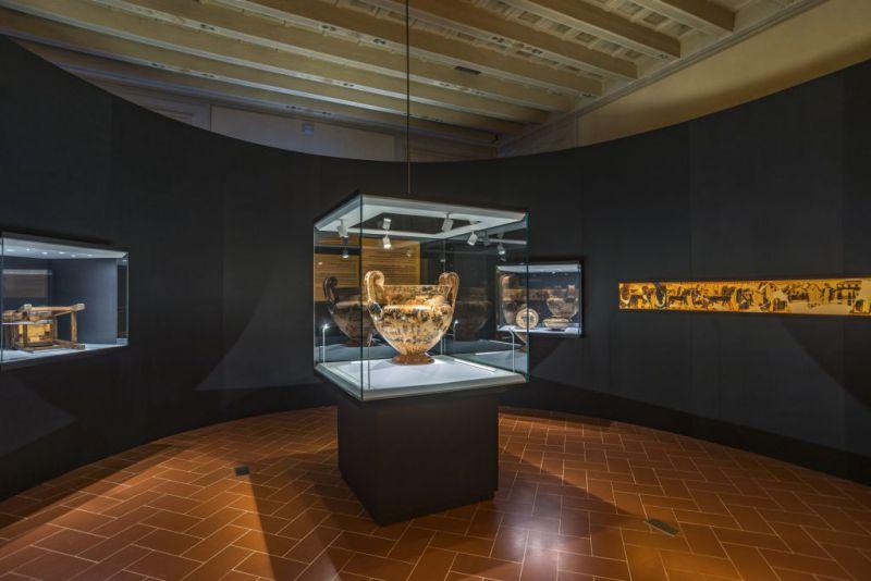 Il Vaso François, capolavoro dell'arte greca, protagonista del nuovo allestimento del Museo Archeologico di Firenze