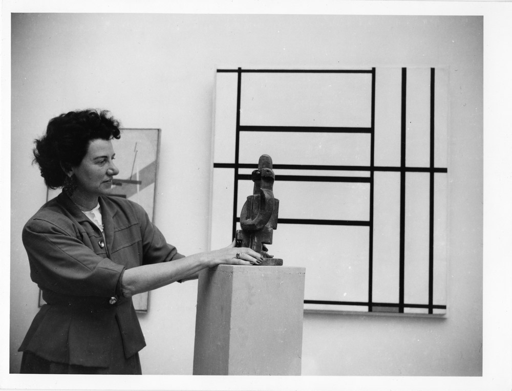 70 anni fa la Biennale di Peggy Guggenheim: a Venezia una mostra omaggia la grande collezionista