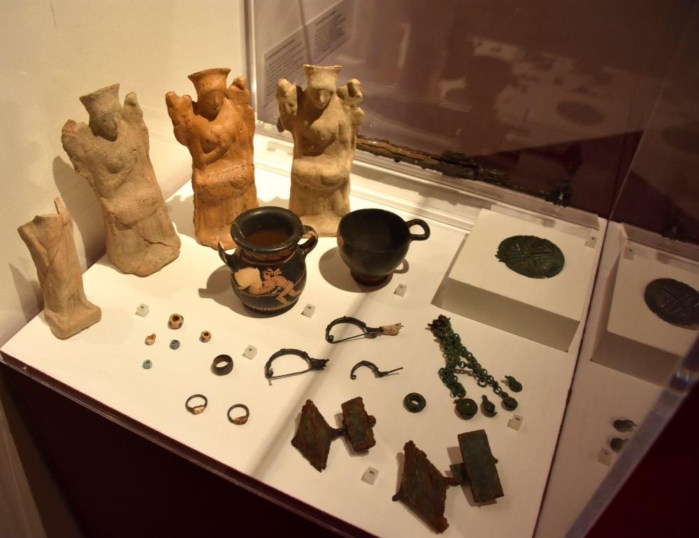 La Pompei etrusca e multiculturale raccontata in una mostra da 800 reperti nel Parco Archeologico