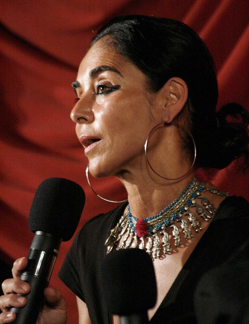 L'artista iraniana Shirin Neshat dialoga con il Sepolcreto della Ca' Granda di Milano