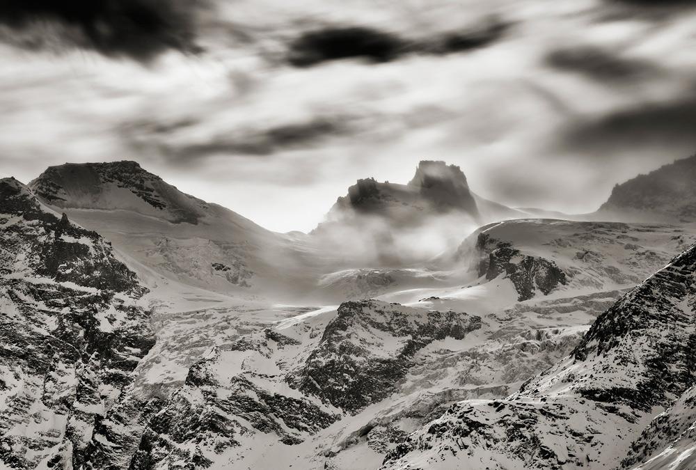 La Val d'Aosta scolpita e fotografata. Le opere di Stefano Venturini e Ladislao Mastella in mostra