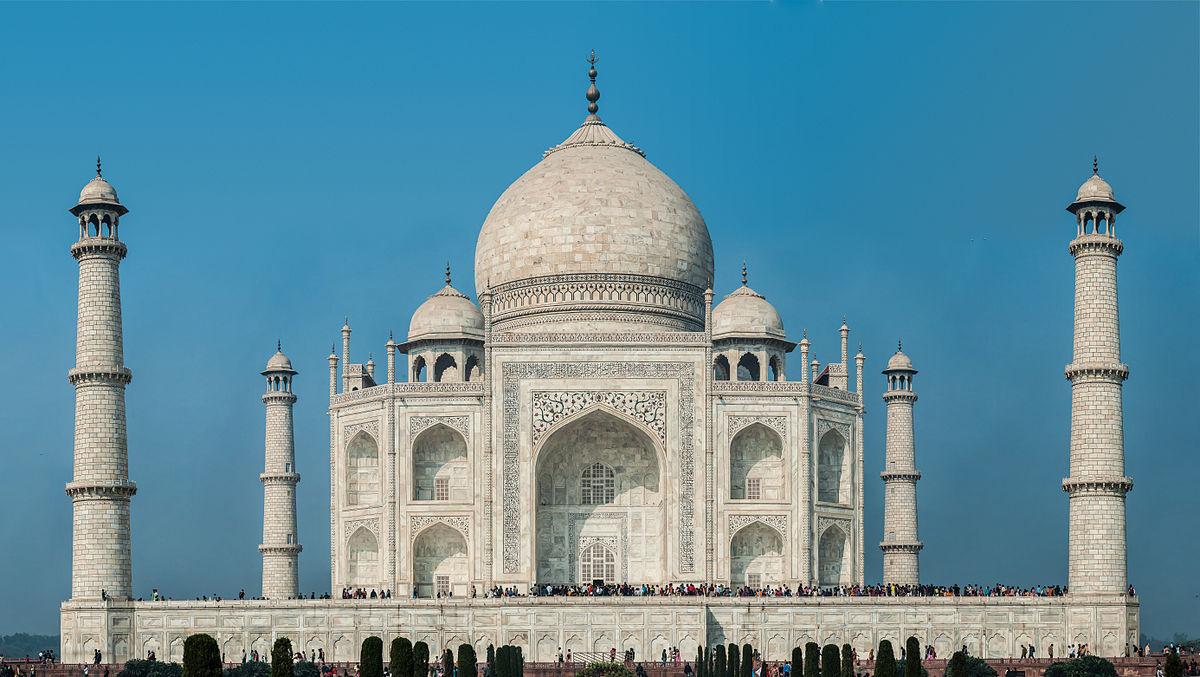 Il Gruppo El.En si offre per restaurare il Taj Mahal