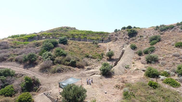 A Tusa un team di archeologi francesi scopre un antico teatro