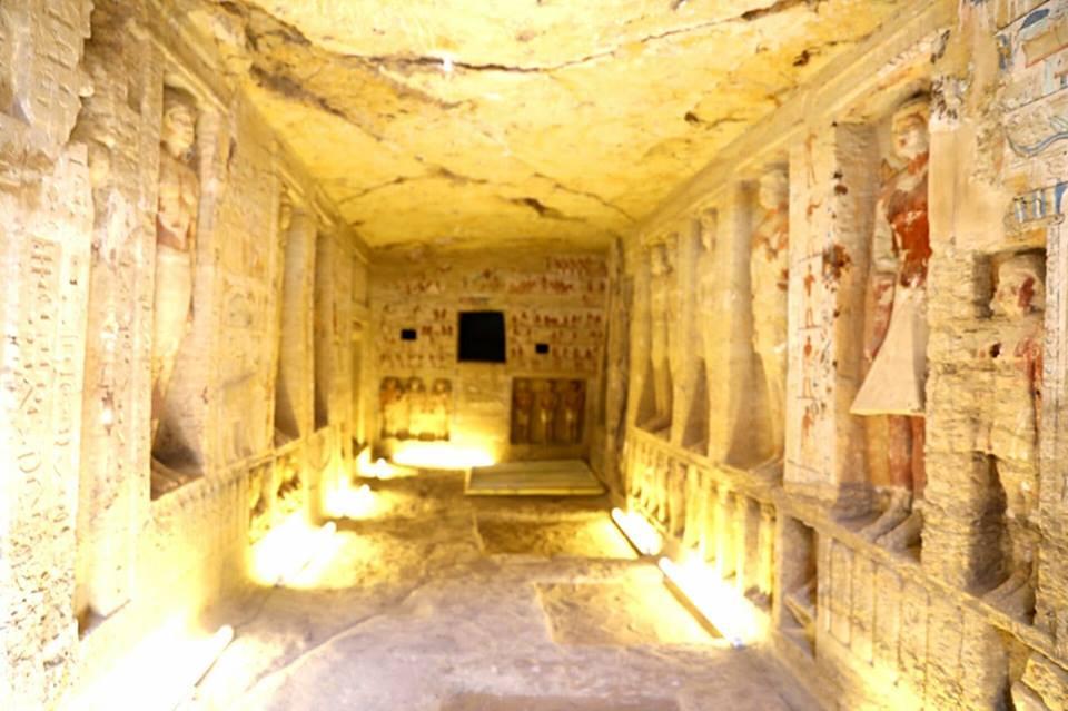 Egitto, straordinaria scoperta a Saqqara: riemerge una tomba intatta di 4.400 anni fa