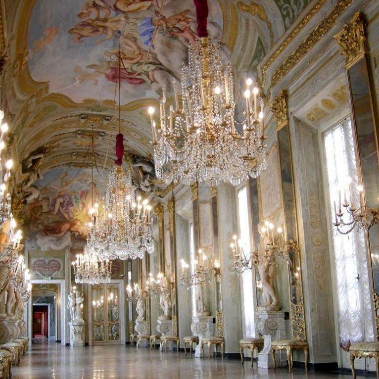 Genova, Palazzo Reale, la Galleria degli Specchi