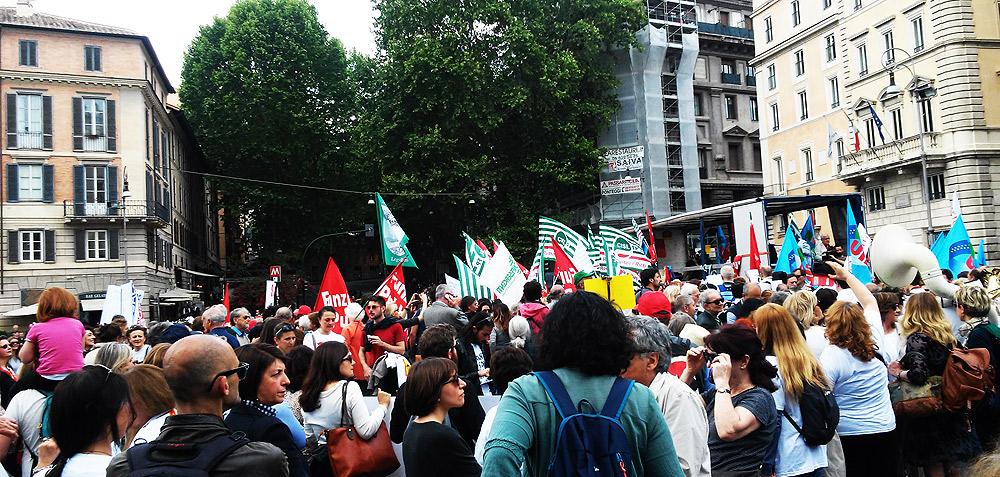 Roma, piazza Barberini, manifestazione del 7 maggio 2016: l'ultima, grande mobilitazione collettiva a livello nazionale dei lavoratori della cultura
