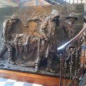 Le Vittime del Lavoro di Vincenzo Vela, un monumento forte e commovente ai morti sul lavoro