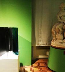 """""""Uguali Disuguali"""", la mostra a Carrara con dialogo tra antico e contemporaneo. Ecco un'esclusiva selezione di foto"""