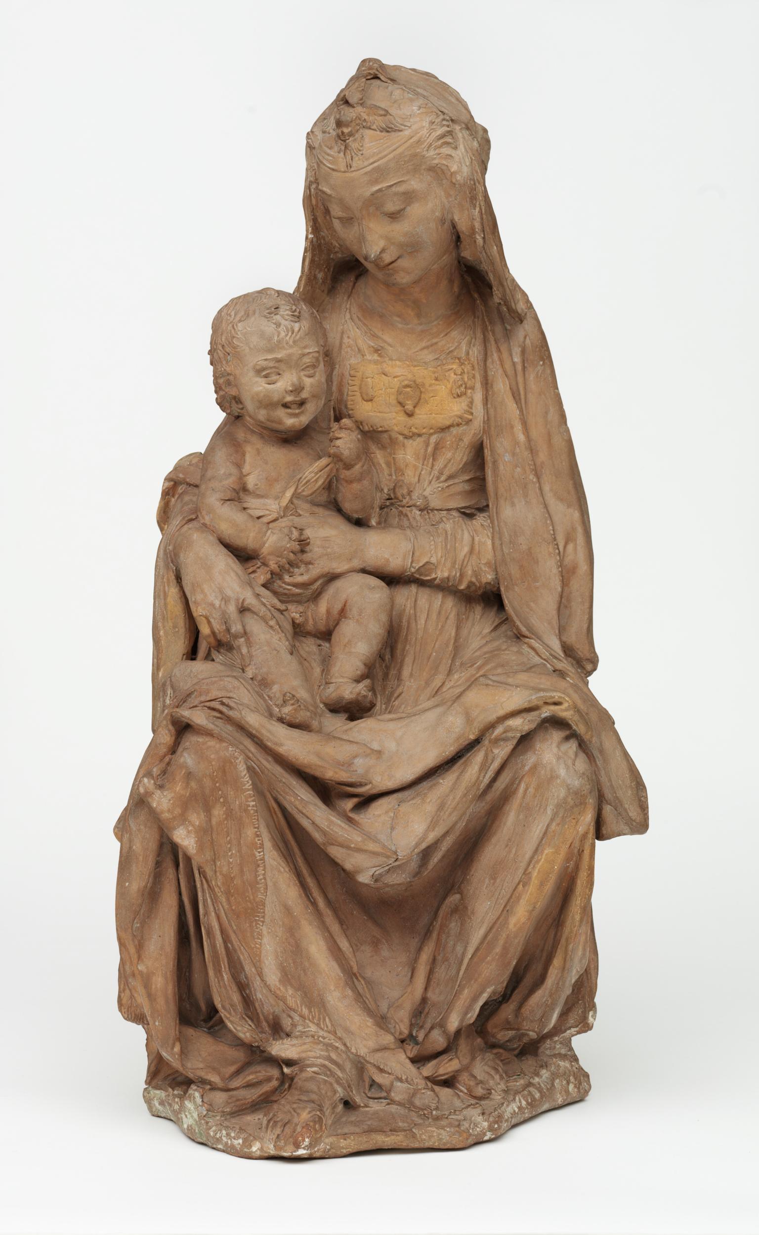 Antonio Rossellino/Leonardo, Madonna col Bambino (terracotta, 49 x 27 x 24,5 cm; Londra, Victoria and Albert Museum)