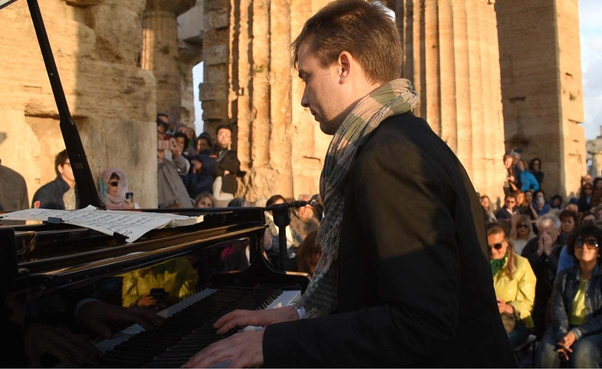 Gabriel Zuchtriegel al pianoforte