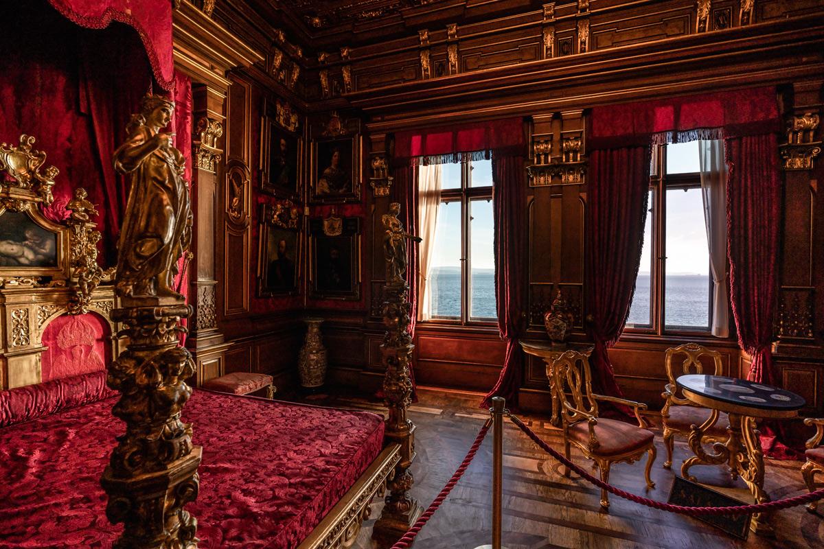 La camera da letto. Ph. Credit Fabrice Gallina – archivio PromoTurismoFVG