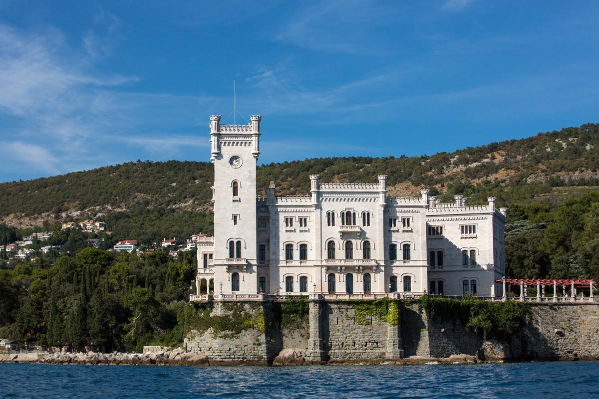 Il Castello di Miramare dall'Adriatico. Ph. Credit Massimo Crivellari
