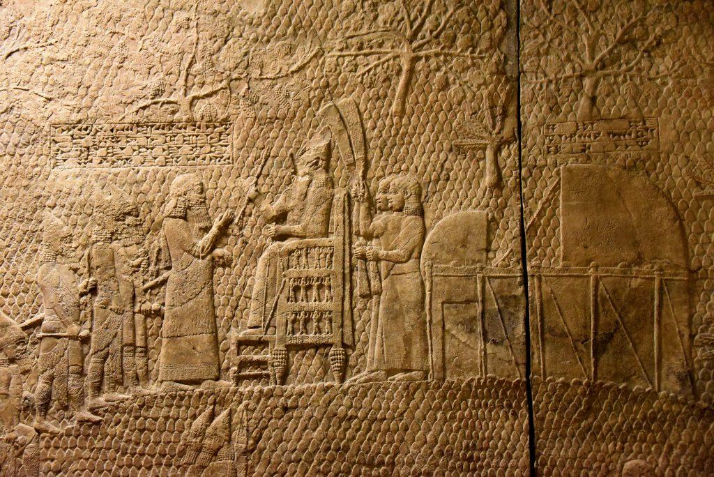 Arte assira, Rilievi di Lachish, dettaglio (700 a.C. circa; gesso; Londra, British Museum)