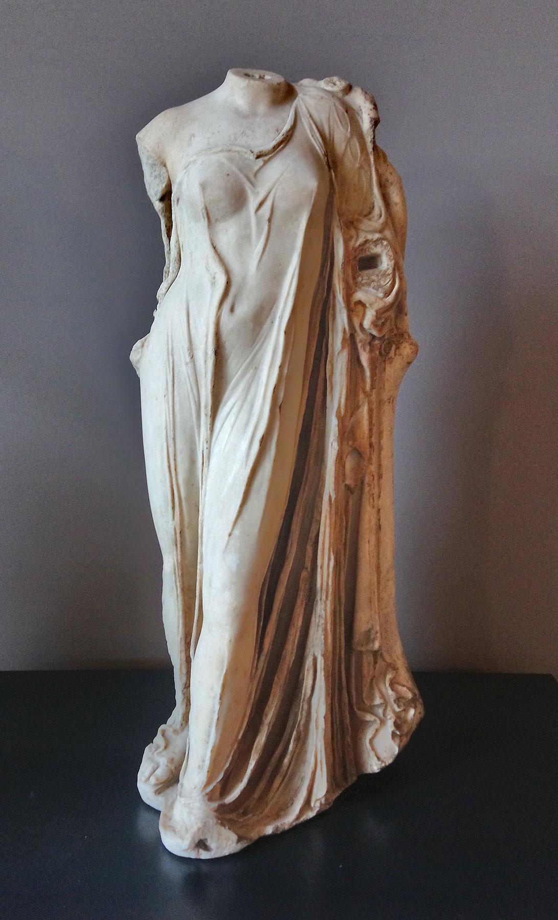 Arte romana, Venus Genetrix (I secolo a.C.; marmo, altezza 114 cm; Vienna, Kunsthistorisches Museum)