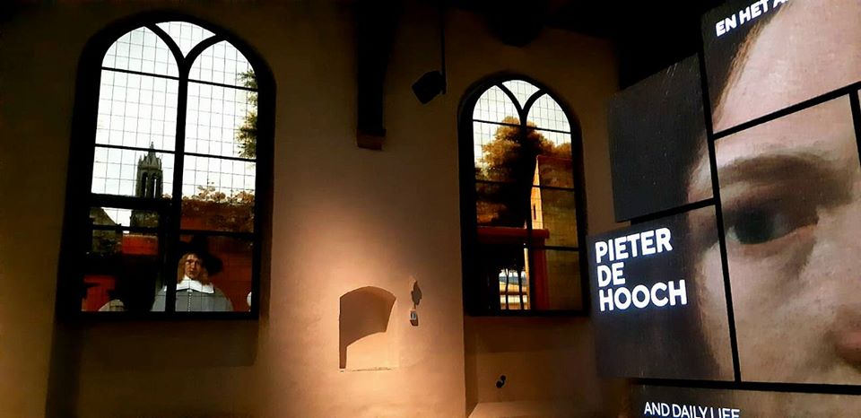 Sala della mostra su Pieter de Hooch a Delft. Ph. Credit Finestre sull'Arte