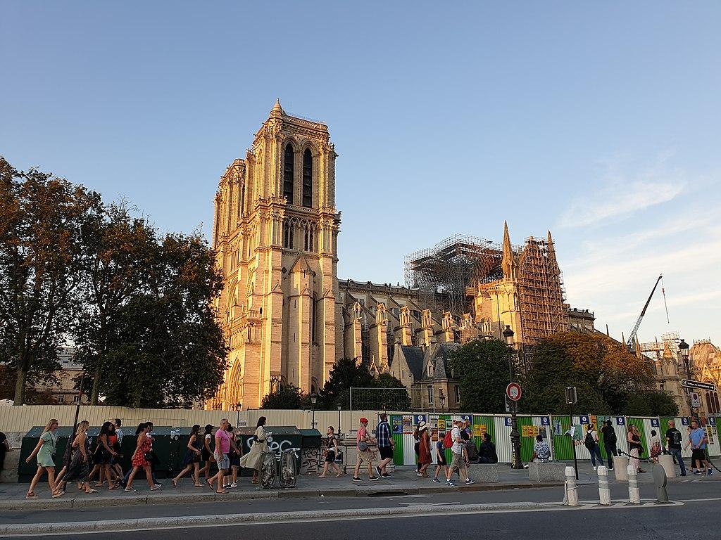 Notre-Dame, la Corte dei Conti francese vuole aprire indagine sull'uso delle donazioni