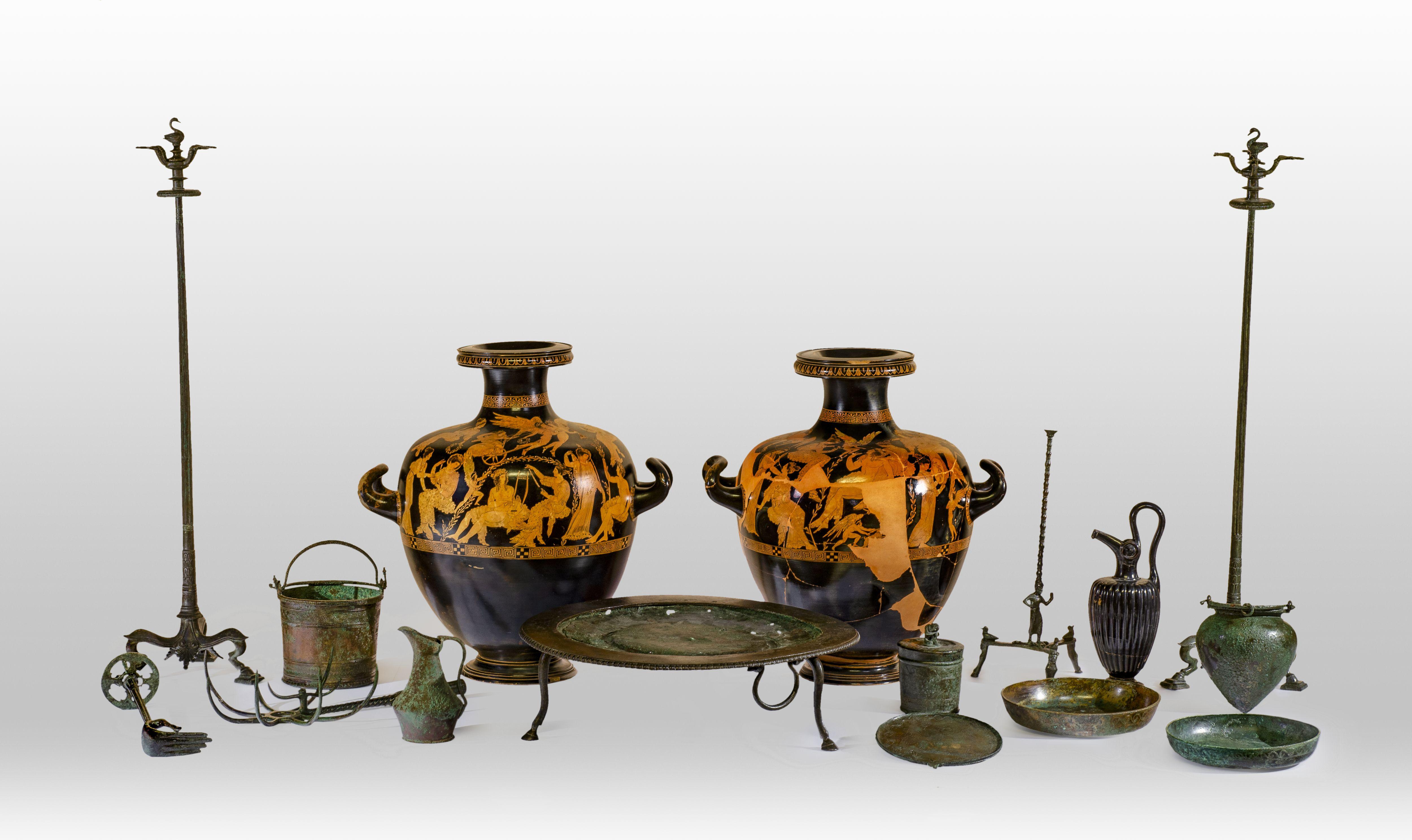 Etruschi, viaggio nelle terre dei Rasna: a Bologna una grande mostra con mille oggetti