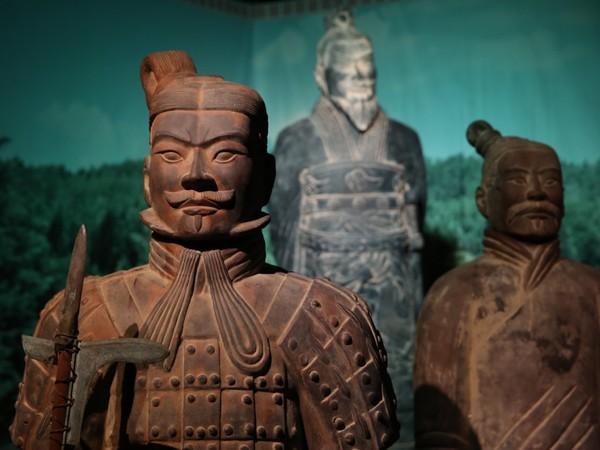 A Milano è in mostra la più completa mostra di sempre sull'esercito di terracotta cinese